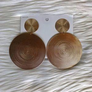 🌿H&M Clip On Earrings